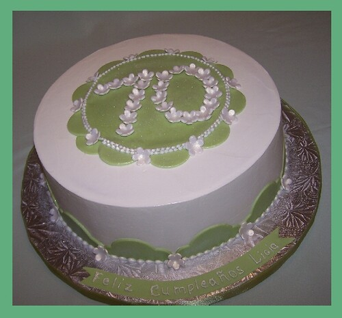 Birthday Cake Ideas With Buttercream : 3169445086_bb4a988be9.jpg