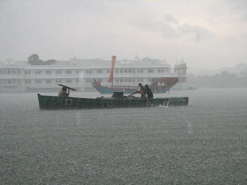 India - Udaipur - 016 - Monsoon rains on Pichola Lake
