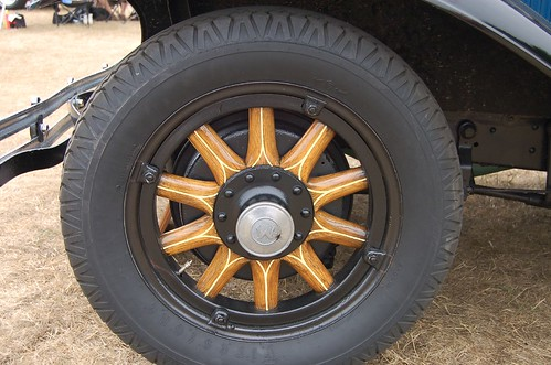 wood spokes rim