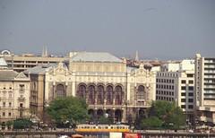 2004-B121 Budapest