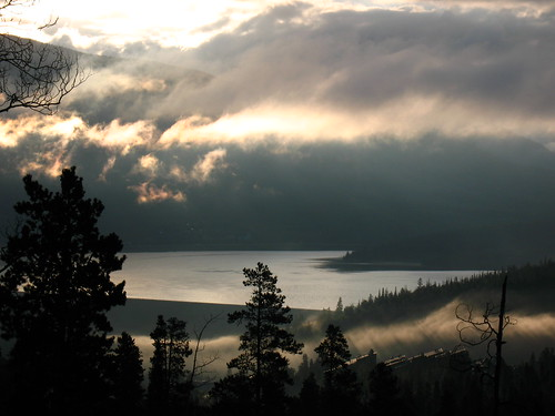 usa mountain fog sunrise colorado day rockymountains summitcounty silverthorne tenmilerange wildernest galushchak