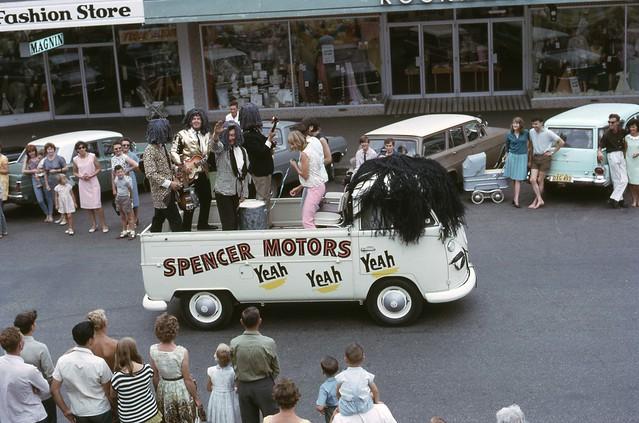 Floral Festival Parade Albury 1966