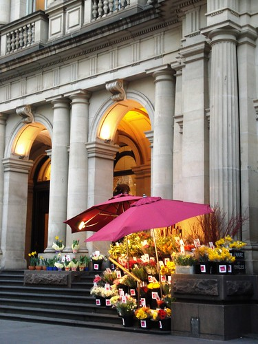 Australia - Melbourne - Flower Stall outside old GPO Building