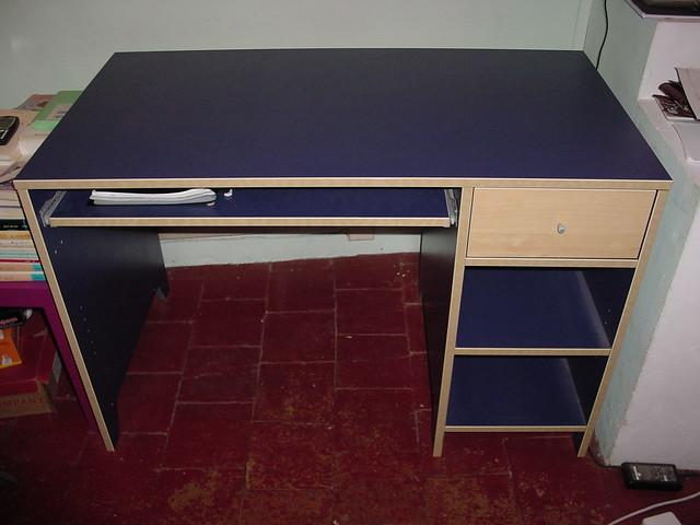Bureau ikea robin languedechat072 flickr