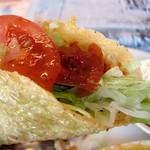 宜野湾市新城「Tetera」の「メキシカンランチ」 タコス。皮は柔らかくて味がついてて美味い。 Yummy Tacos.  Tetera