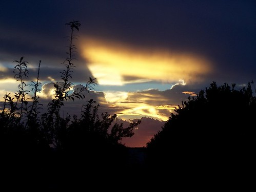 sky fire triangle sunsets burningsky madagascar couds madagascarsky