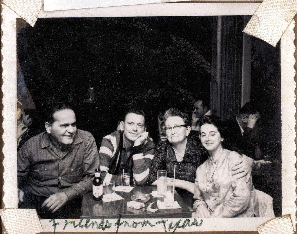 vintage photo: great-grandma and friends