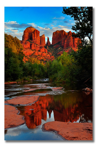 sunset arizona reflection landscape scenery scenic sedona cathedralrock eveninglight magiclight redrockcrossing crescentmoonranch mywinners colorphotoaward platinumheartaward
