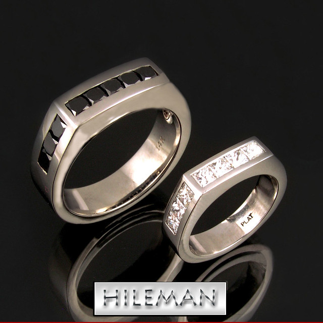 His and hers black and white diamond wedding ring set