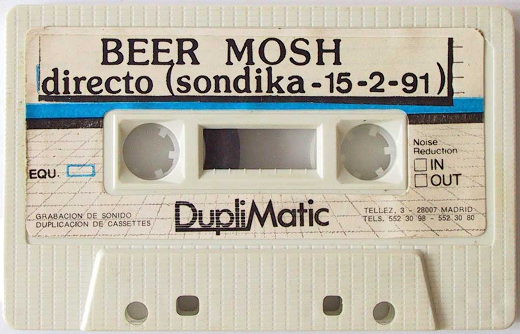 "Maqueta de Beer Mosh - ""Mas Cerveza"" (del 91)."
