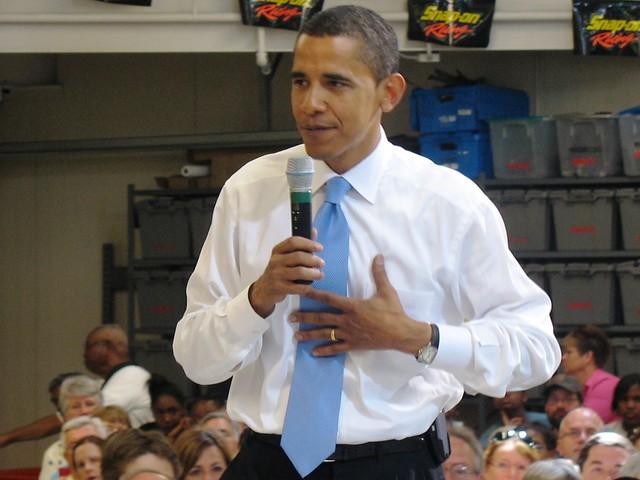Barack at DMACC, Des Moines, IA, 7/10/07