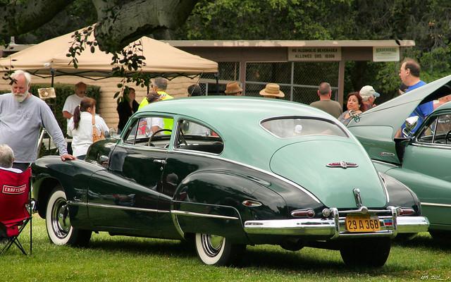 1948 Buick Super Sedanette - TT green - rvl