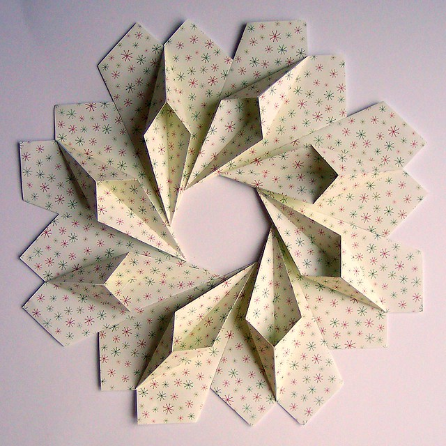 Christmas stars origami wreath flickr photo sharing