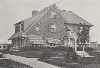 1690 Arlington Avenue in 1918