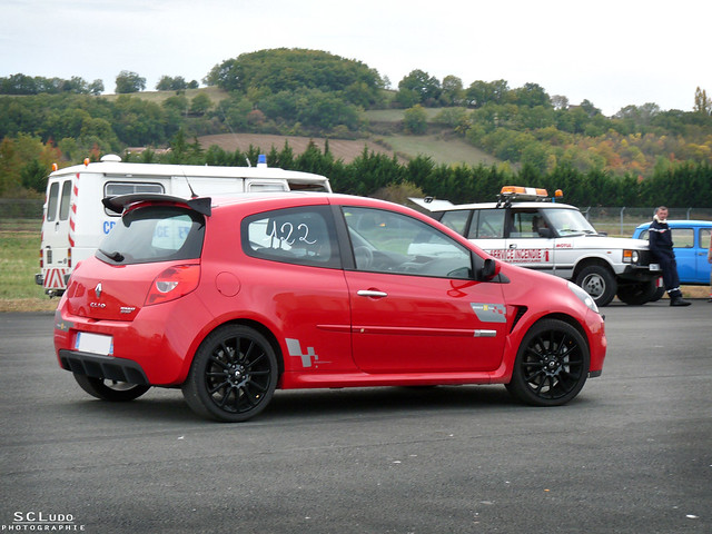 renault clio iii rs cup flickr photo sharing. Black Bedroom Furniture Sets. Home Design Ideas