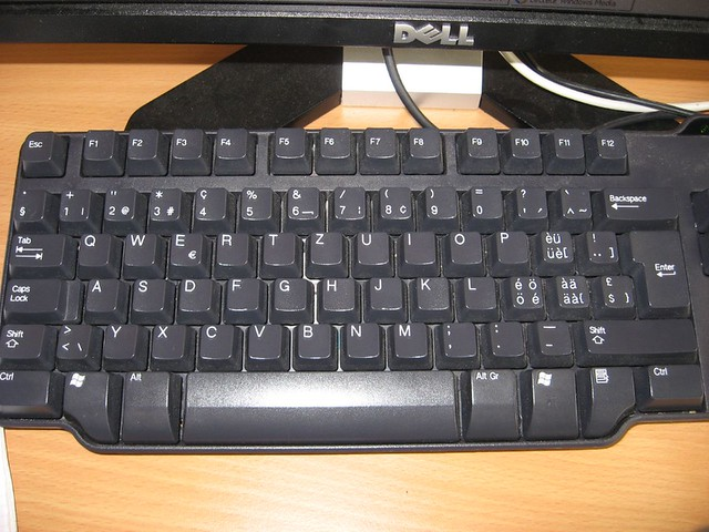 Swiss keyboard layout   Flickr - Photo Sharing!