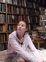 anna crashes at shakespeares books, paris