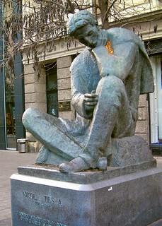 Immagine di Nikola Tesla. statue croatia zagreb balkans statuary tesla osm:node=2777078522