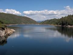 Barragem do Lindoso (Aproveitamento hidroeléctrico do Alto Lindoso), Parque Nacional da Peneda-Gerês, Portugal.