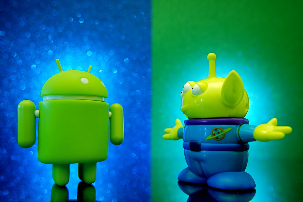 Android vs. Alien (305/365)