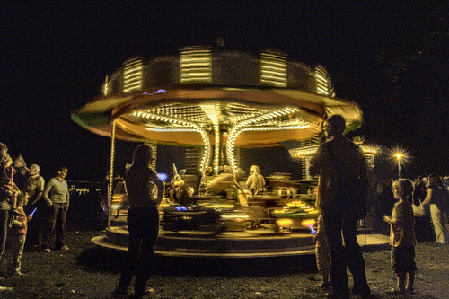 carousel @ night (HDR version)