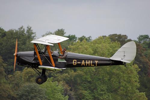 DH Tiger Moth G-AHLT