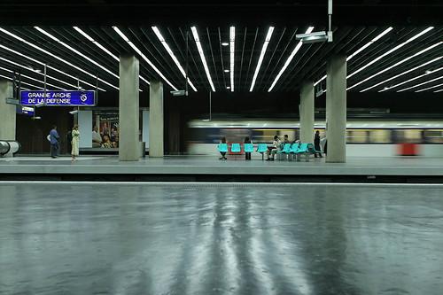 La Défense, RER
