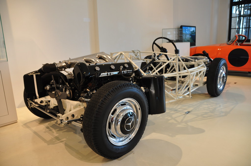 Prototyp – Chassis of a Mercedes-Benz 300 SL