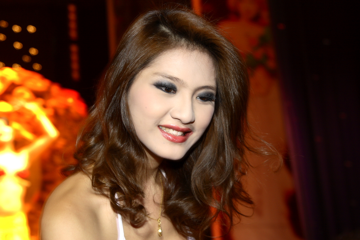 Download this Sets Appears Thailand Ladyboy Show picture