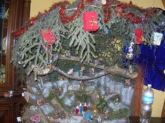 nativity scene(0.0), christmas decoration(1.0), christmas tree(1.0), christmas(1.0),