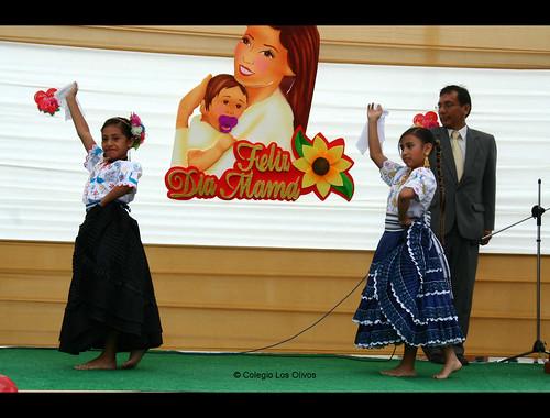 Actuación Día de la Madre 2010 080