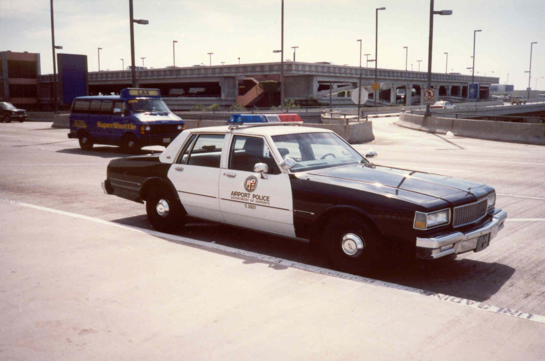 Sarel 1987 chevrolet caprice 9c1 pack vehicles gtaforums 81857882705d8e767aeog publicscrutiny Images