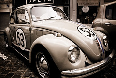 automobile, volkswagen beetle, wheel, vehicle, automotive design, mid-size car, city car, compact car, volkswagen type 14a, antique car, vintage car, land vehicle, motor vehicle,