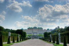 Rodeado de un aire mágico en esta foto, el palacio Belvedere, en Viena, era la residencia de verano de los emperadores, reyes de reyes.