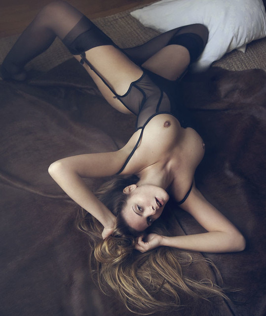 valentina feula - in london from the 7th to the 13th of november taking bookings www.valentinafeula.com