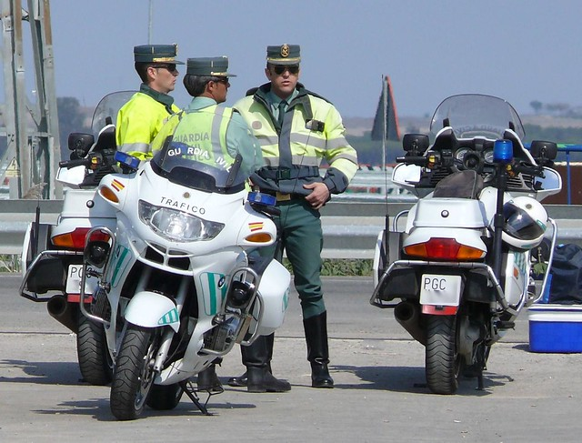 Guardia civil tr fico flickr photo sharing - Guardia civil trafico zaragoza ...