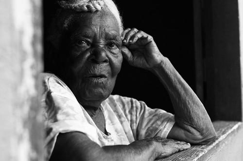 Dona Eva Maria, 100 anos - Moradora do Quilombo Raza em Búzios