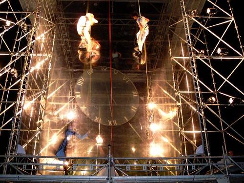 summer festival vertical lights actors construction long exposure flood stage borg ghost performance cage hanging suspended ropes transparent phantom q maribor msh 2007 lent onthe lespassagers msh0707 msh070714 jpingjk worldupsidedown…feetontheground