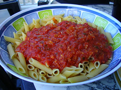 tomato sauce, vegetarian food, bucatini, pasta, bolognese sauce, produce, food, dish, cuisine,