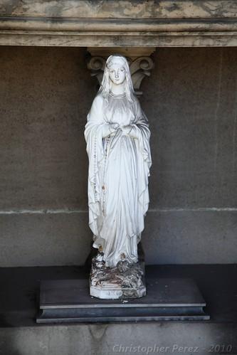 Passy Cemetery - Madonna