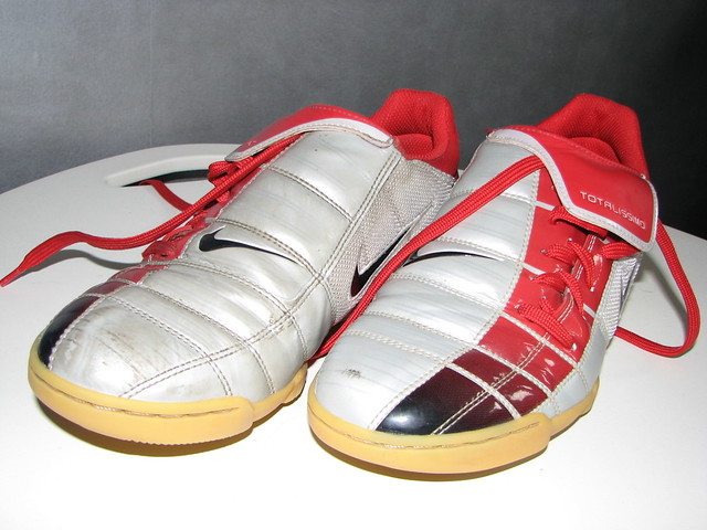 Red Puma Indoor Soccer Shoes