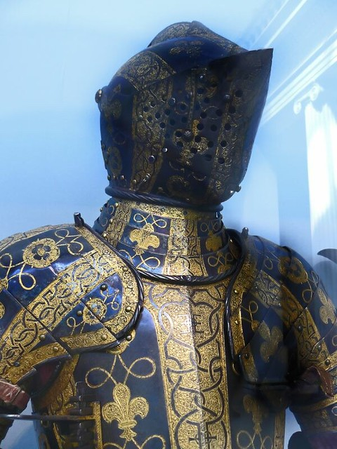 Armor of george clifford third earl of cumberland etched for Armor decoration