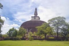 Rankoth Vehera - Polonnaruwa