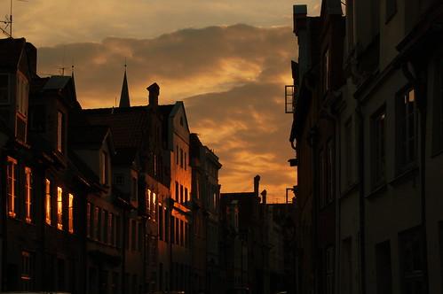 old light sunset sun germany town luebeck lübeck blueribbonwinner supershot interestingness99 i500 nikond40