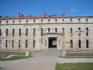 Изображение Fort Delaware. history island us unitedstates fort historic civilwar delaware fortress delawareriver fortdelaware peapatchisland prisonisland doubleisland