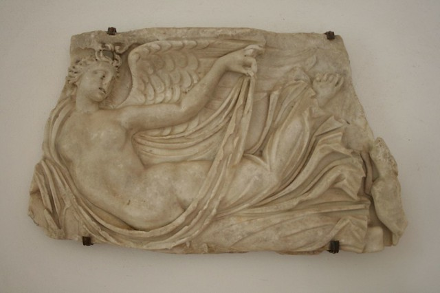 Bas relief definition meaning