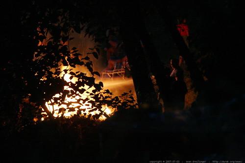 hosing down the bonfire    MG 8634