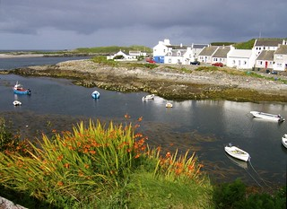 Portnahaven before rainfall...