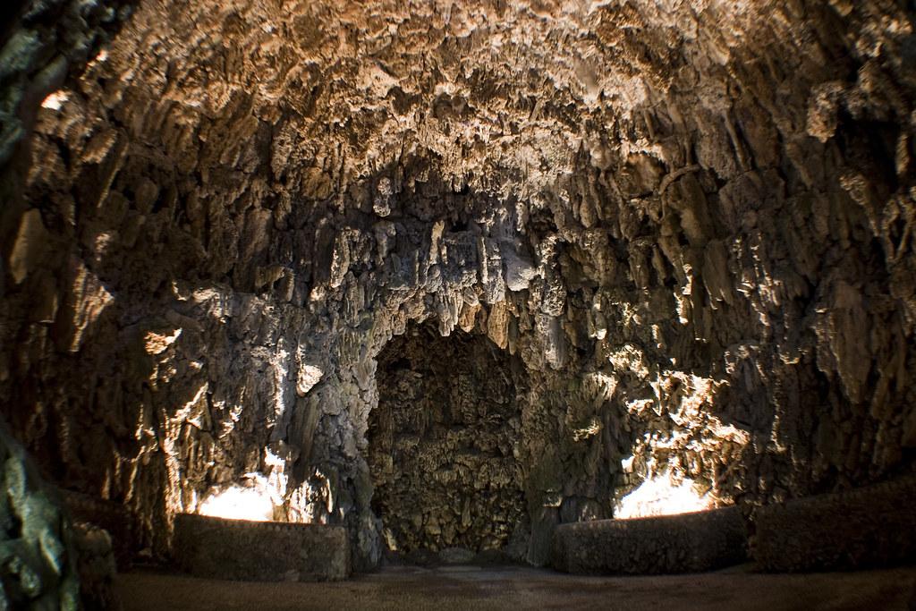 Cueva de Villa Demidoff