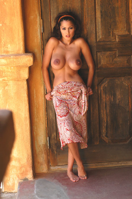 young model naked pussy